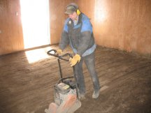 Compacting the floor